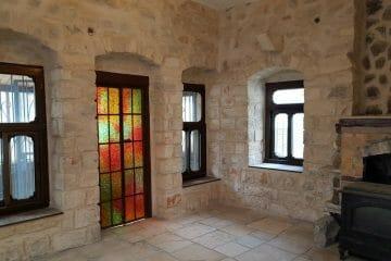 """בעיר העתיקה- במיקום מעולה דירת 2חדרים+ מרפסת+ מרתף ענק. מחיר מבוקש: 1,190,000 ש""""ח"""